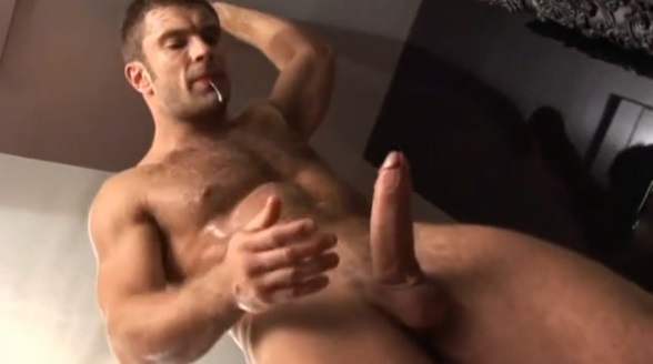 Shemales cumming and spuirting sperm